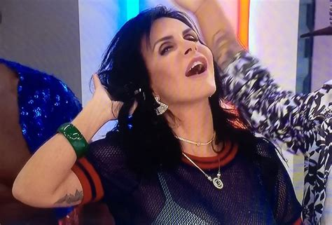 Gretchen Meme - brazilian meme queen gretchen performs swish swish on tv