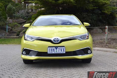 2016 Toyota Corolla 2016 Toyota Corolla Hybrid Review