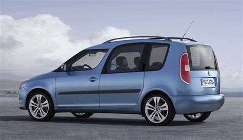 skoda roomster price skoda roomster compact mpv returns with new engine lower