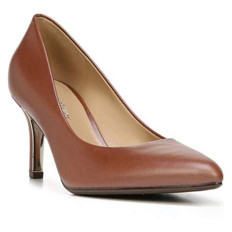 best comfortable pumps for work 10 best comfortable work heels 2018 rank style