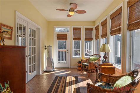 orangeville  bedroom home  sale kait klein