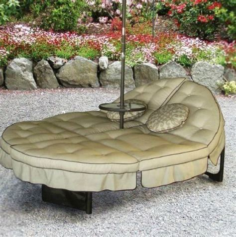 patio lounger outdoor chaise garden lawn yard