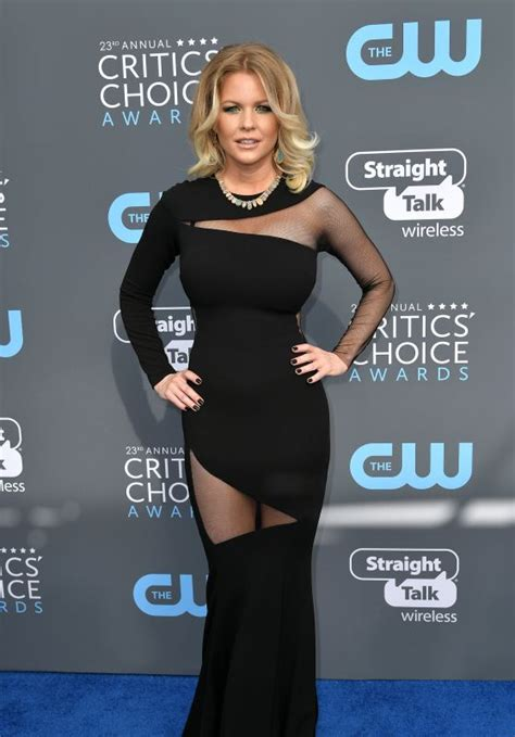 Critics Choice Awards Snow by Carrie Keagan 2018 Critics Choice Awards