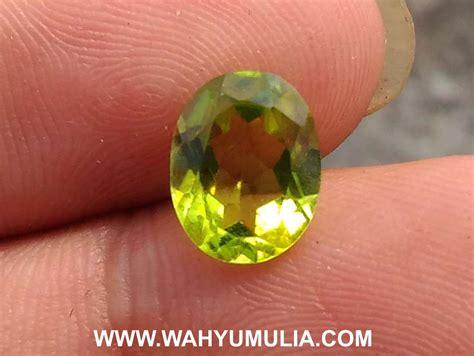 Batu Kecubung Teh Hijau batu permata warna hijau peridot kode 364 wahyu mulia