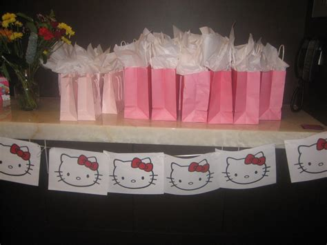 Baby Shower Gifts For Guests by Baby Shower Gifts For Guests Favors Ideas