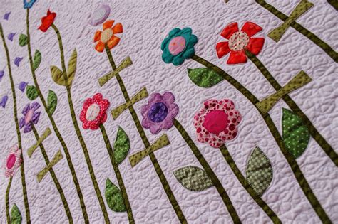 Flower Applique by More With Less Baby Flower Applique Quilt