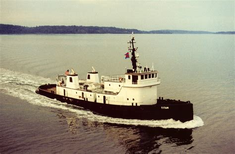 tugboat size file titan tugboat jpg wikimedia commons