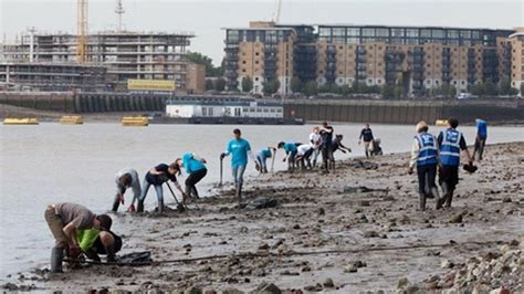 Thames River Clean Up | pick of the line 08 03 12 14 03 12 eastlondonlines