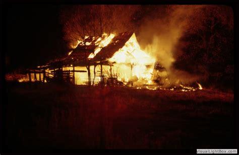 theme essay for barn burning faulkner barn burning symbolism mfacourses887 web fc2 com
