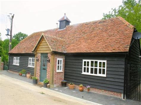 2 bedroom house to rent in hertfordshire 2 bedroom detached house to rent in netherwylde farm