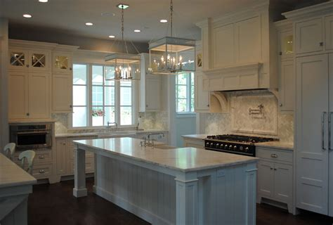 white kitchen with inset cabinets home bunch interior classic gambrel home with coastal interiors home bunch
