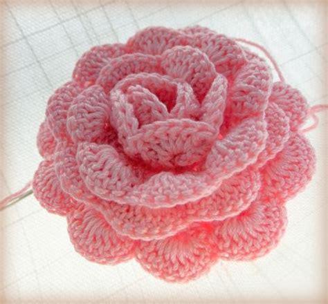 pink rose pattern a pink crochet rose free pattern crochet pinterest