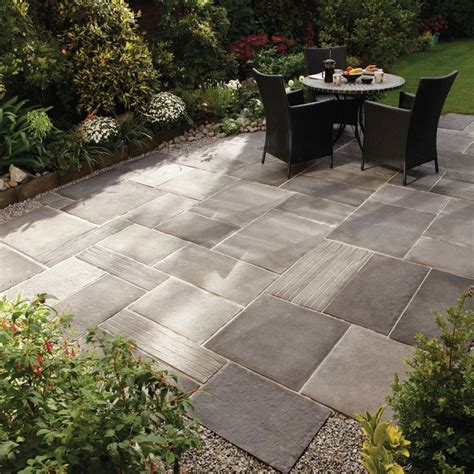 cheap patio ideas pavers