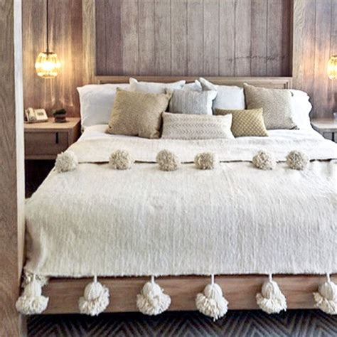 moroccan coverlet 25 best ideas about moroccan bedding on pinterest
