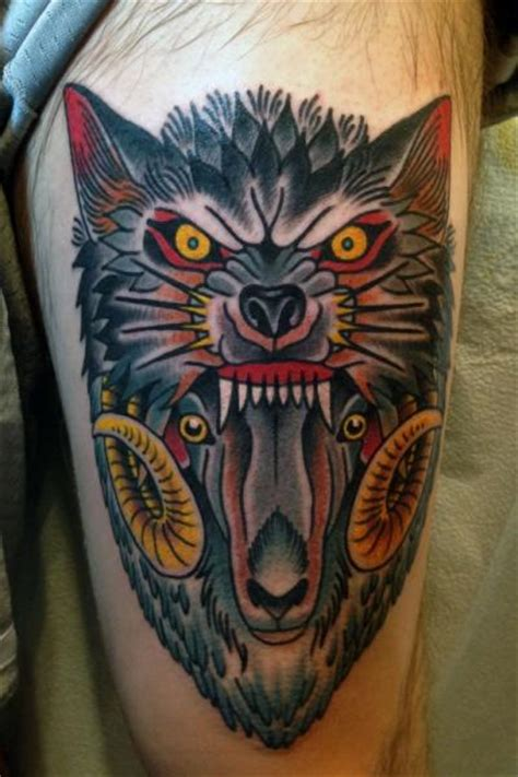 new school goat tattoo tatuaje new school lobo cabra muslo por captured tattoo