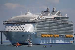 Largest Ship In The World by The Largest Passenger Ship In The World Cost 1 Billion