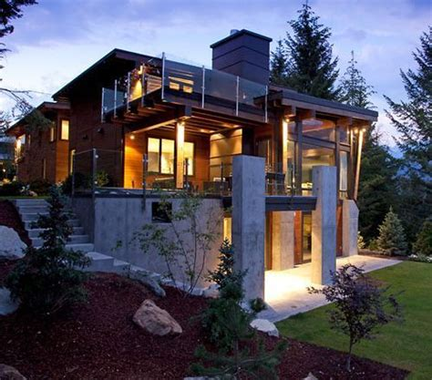 Inspired By Whistler Bc Mountain Home Decor The Compass Pointe House In Whistler Canada Por Homme