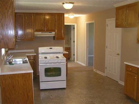 Beige Kitchen Cabinets by Beige Kitchen Colors Paints Kitchens