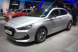 www hyundai new car new hyundai i30 fastback official pictures auto express