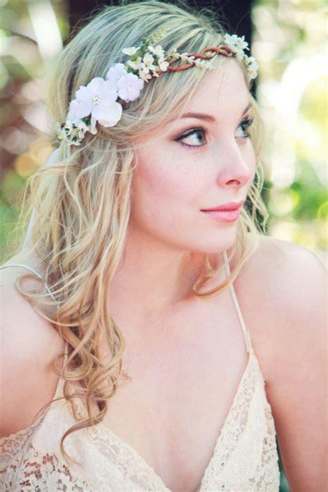 Wedding Hacks: 10 Headdress That Match Winter Season Weddings