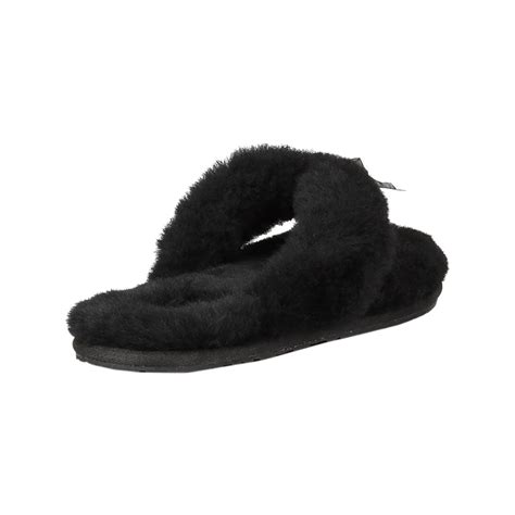 fuzzy flip flop slippers for womens ugg fuzzy flip flop slippers