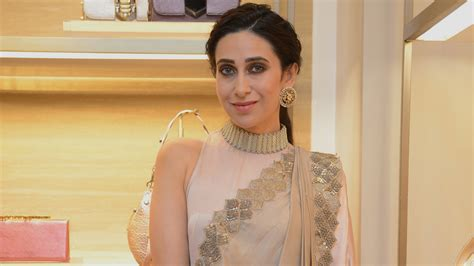 karisma kapoor educational qualification educational qualifications of these 11 bollywood