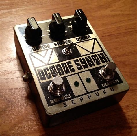Handmade Effects Pedals - seppuku octave synth aluminum chassis handmade in