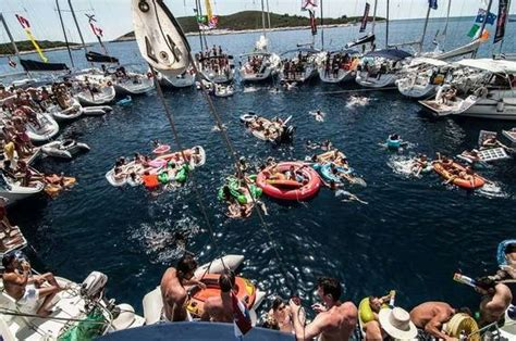 yacht week boat everything you need to know about the yacht week huffpost