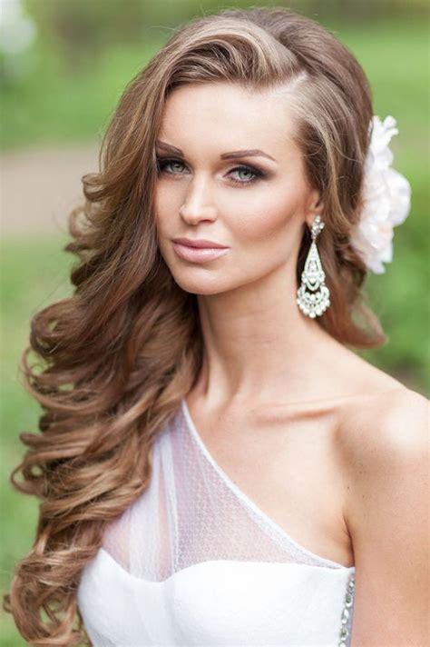 best 25 side curls ideas on side hairstyles wedding hair side and hair tutorial curls