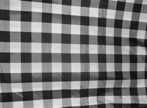 Saput Poleng Hitam Putih Kotak Kotak Sp04 mungkopas makna kain kotak kotak khas bali saput poleng