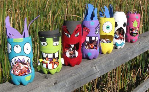 halloween decorations diy recycled materials blog mostri in bottiglia libri per bambini e ragazzi