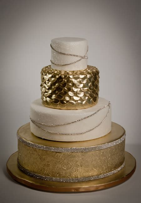 Wedding Cake Gold Wedding Cakes Pictures Gold Theme Wedding Cakes
