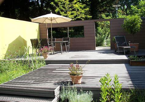Terrassengarten Anlegen by Terrassengarten Wpc Terrassendielen Mit Gummidichtung