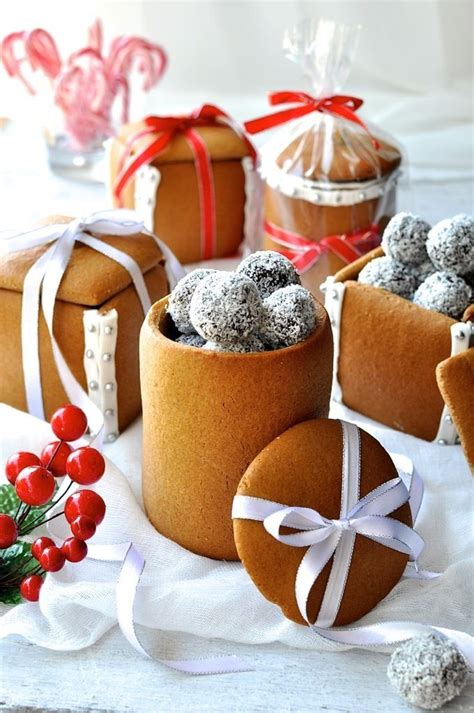 homemade gingerbread gift boxes jars  treats pictures
