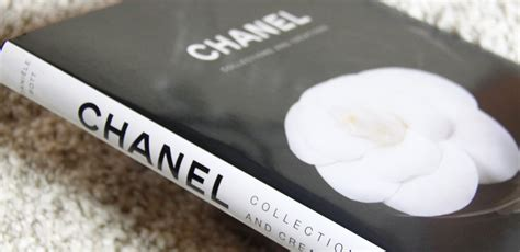 libro chanel collections and creations chanel collections and creations looks like coja