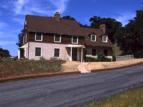 mr blandings builds his dream house the story behind quot mr blandings builds his dream house quot hooked on houses