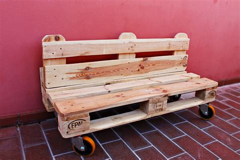costruire un divano fai da te panchina di bancali faidate tutorial divano di