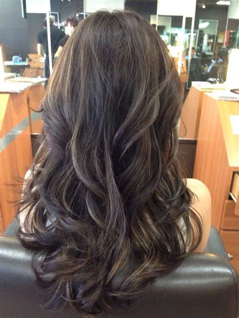 does hair look like ombre when highlights growing out ash brown and violet highlights hairstyles pinterest