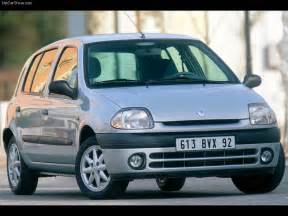 Renault Clio 01 Renault Clio Picture 01 Of 02 Front Angle My 1998 800x600