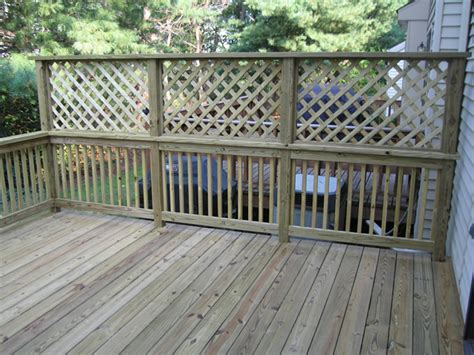 Home Depot Kitchen Remodeling Ideas by Townhouse Living Diy Lattice Privacy Fence Lattice Deck