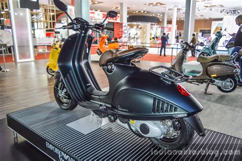 Ktm At Auto Expo 2016 by Vespa 946 Armani 125 Grey Green At Auto Expo 2016