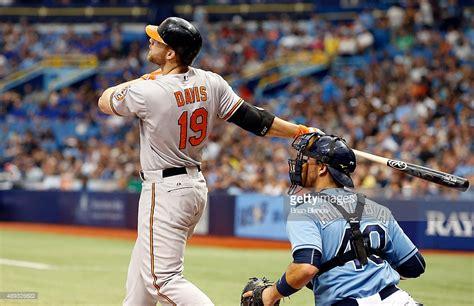 chris davis swing chris davis baseball player getty images