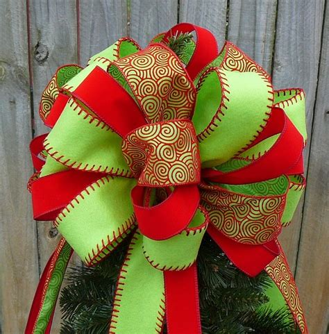 how to make large bows for christmas trees bow toppers happy holidays