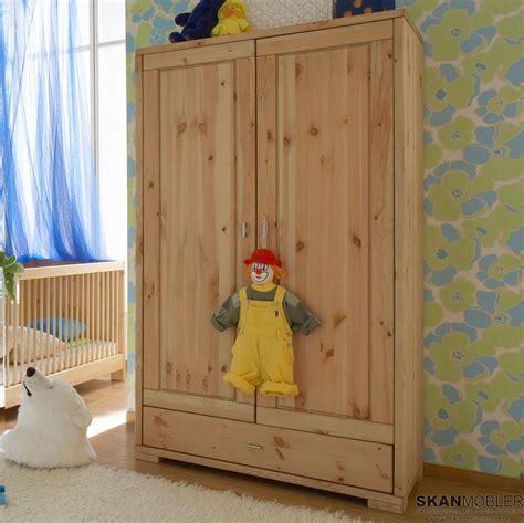 kleiderschrank kinderzimmer kleiderschrank f 252 r kinderzimmer babyzimmer guldborg
