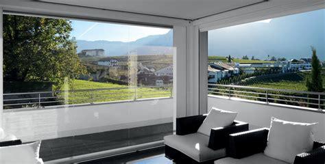 tende per esterni antipioggia chiudere terrazzi e balconi con tende invernali idee