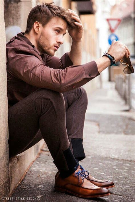 senior mensfashion trends 25 best ideas about male models poses on pinterest male