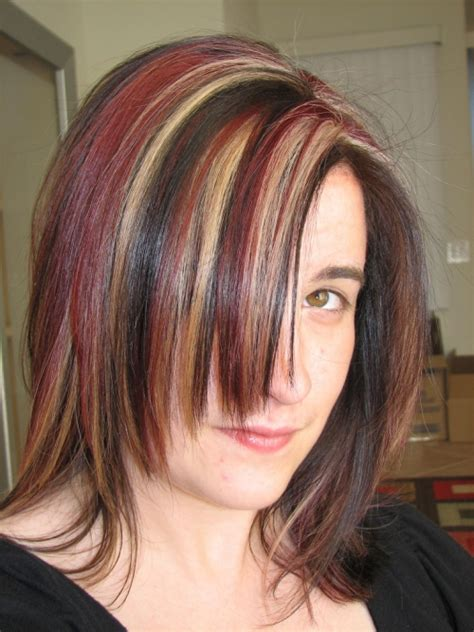 what red highlights look like in blonde streaked hair 25 nicest brown hair with red highlights creativefan