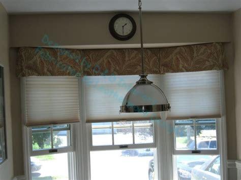 Valances For Bay Windows In Kitchen 1000 Ideas About Kitchen Bay Windows On No