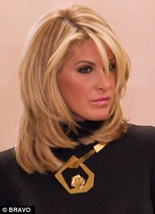 how to do real housewife hair kim zolciak shocks as she reveals her natural hair for the