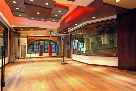 room live gallery of vivace brings world class wsdg studio to uruguay 1